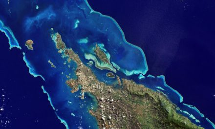 Mapping the world's coral reefs using a global multiscale earth observation framework